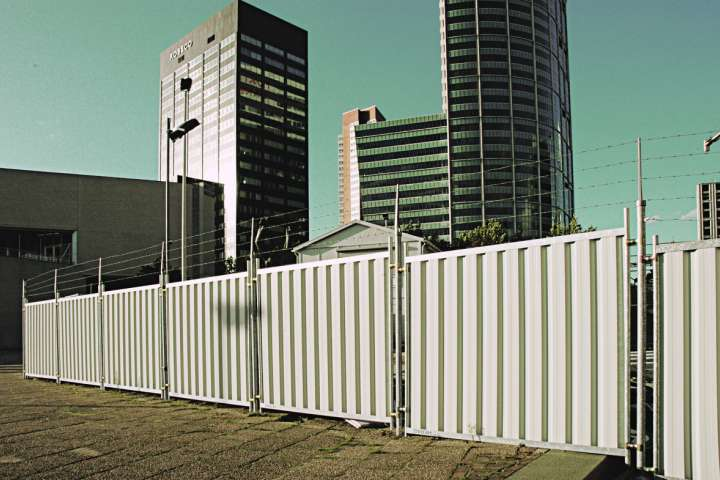 M800-City-Fence-9010 300dpi 100x66mm D NR-437-kopie